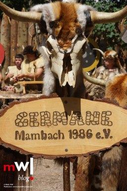 keule-hoch-germanenfest-in-mambach-15