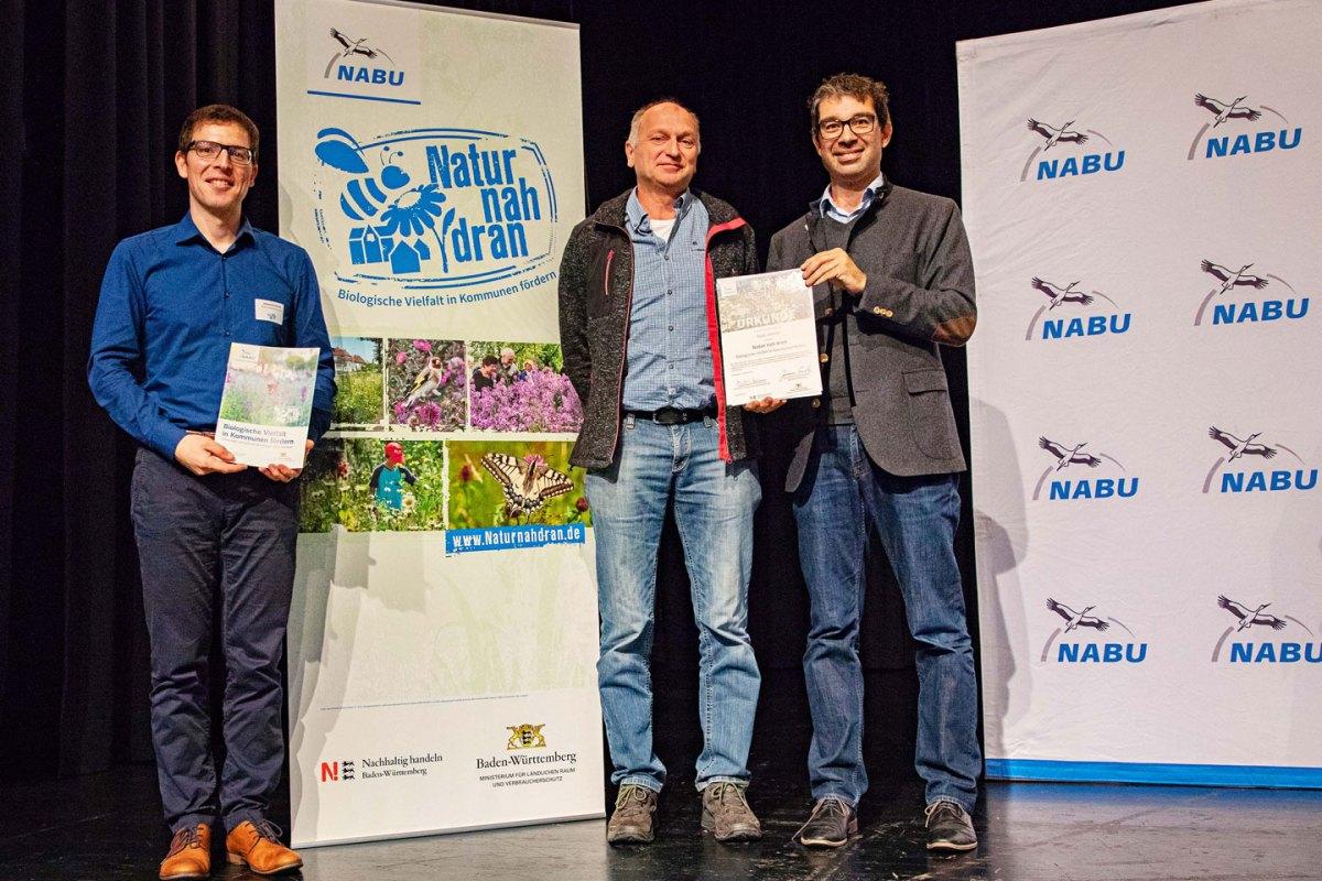 """Projekt """"Natur nah dran"""": Stadt Lörrach erhält Urkunde - meinWiesental.de / Kommunales"""