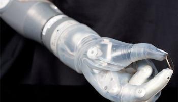 Braço protético dá uma nova esperança para amputados