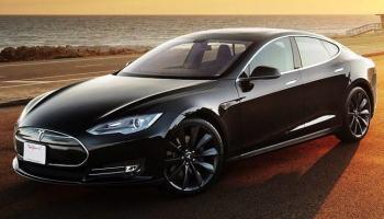Elon Musk promete 1.000 km de autonomia para Teslas em no máximo 2 anos