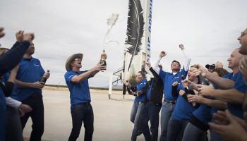 Blue Origin lança foguete a 100 km de altitude e foi LINDO!