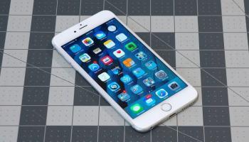 Apple comemora a venda do bilionésimo iPhone