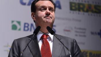 Gilberto Kassab: banda larga fixa terá limite na franquia de dados até o fim de 2017 [UPDATE]