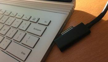 Microsoft é a Apple das antigas? Empresa não acredita (por enquanto) no USB-C