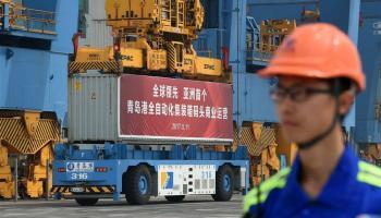 China inaugura seu primeiro terminal automatizado de containers