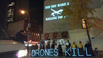 Vídeo deliciosamente alarmista denuncia o perigo dos drones