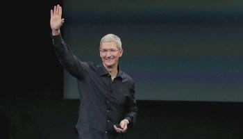 Apple comemora as festas de fim de ano: vendeu 77,3 milhões de iPhones no trimestre