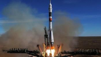 Moscou, nós temos um problema: nave falha durante lançamento levando dois tripulantes