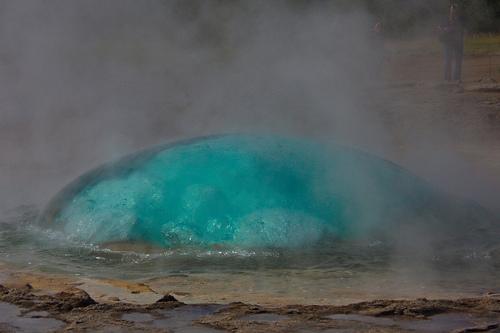 Wasser fasziniert – Geysir und Gullfoss