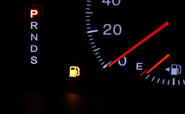 ハリアー新型の燃費、実燃費をディーラーで直接確認し評価してみよう!