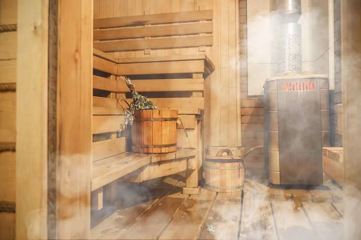 Sauna de madera.