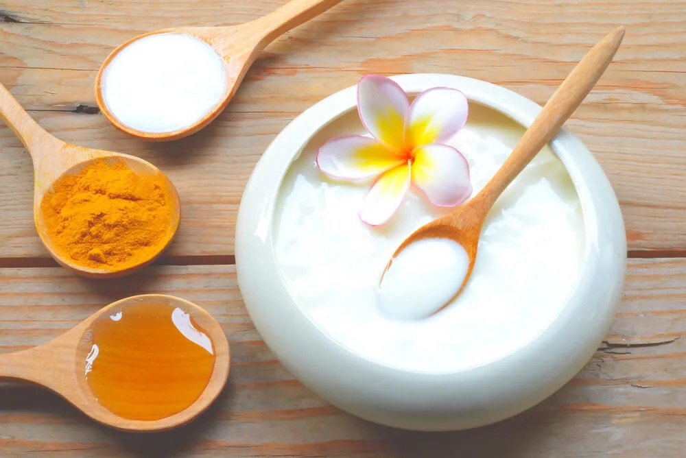 Los beneficios de la mascarilla de yogur - Mejor con Salud