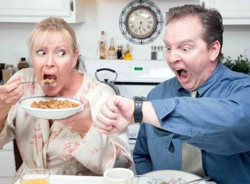 desayuno 61014 500x368 - Que son los malos hábitos alimenticios