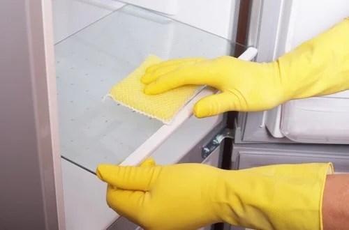 Cada cierto tiempo es necesario realizar una limpieza de nuestra nevera.