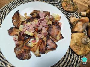 Rebozuelos asados con jamon