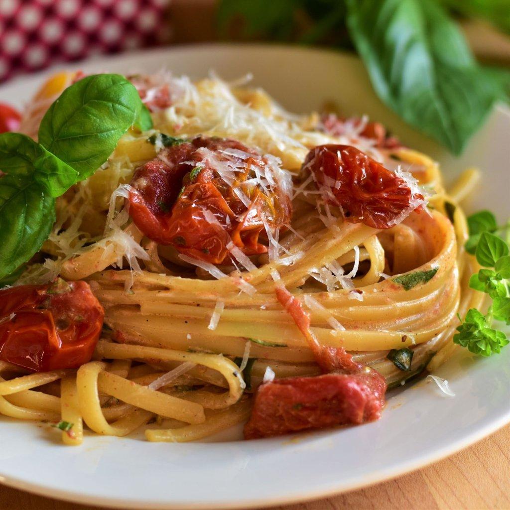Pasta de tomate cherry asado