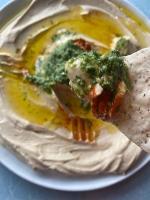Receta de hummus de pesto de albahaca cremosa esta receta