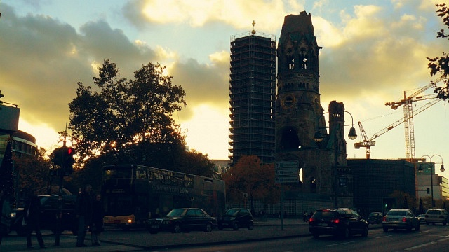 Alojarse cerca de la avenida Kurfürstendamm - Berlín Occidental - Alemania