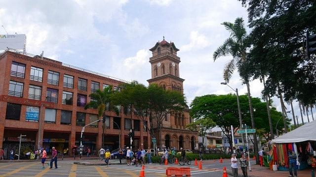 Zona más segura donde alojarse en Medellín - El Poblado