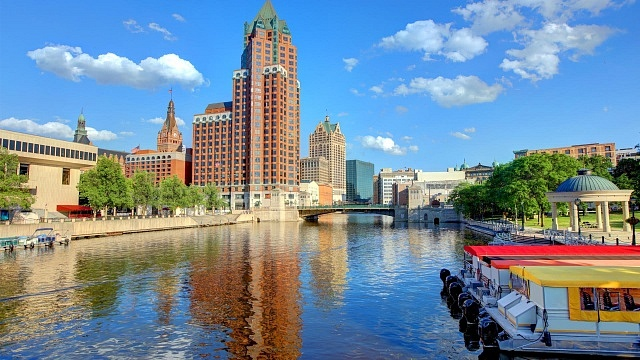 Best areas to stay in Milwaukee - Westown