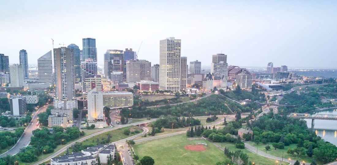 Mejores zonas donde alojarse en Edmonton, Canadá