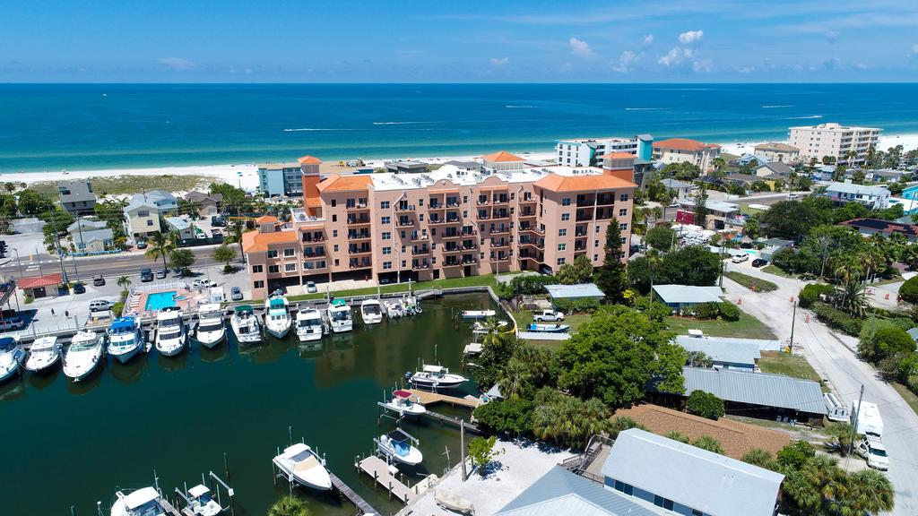 Best areas to stay in St Petersburg, Florida - Madeira Beach