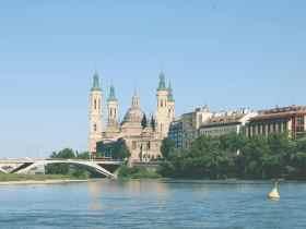 Las mejores zonas donde alojarse en Zaragoza, España