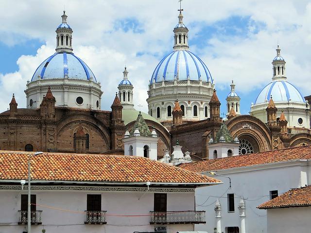 Best location Cuenca Ecuador for sightseeing - Historic City Center