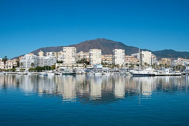 Dónde dormir en Estepona, Málaga - Puerto y playas de Estepona