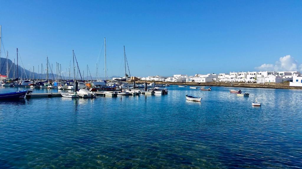 Best area to stay in La Graciosa - Caleta de Sebo