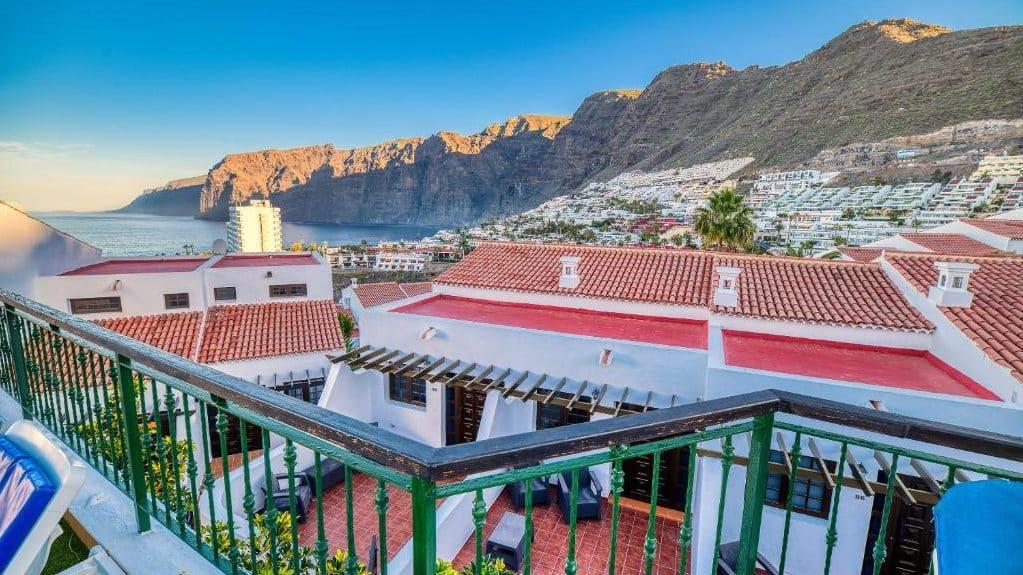Mejores zonas donde alojarse en Tenerife - Puerto de Santiago