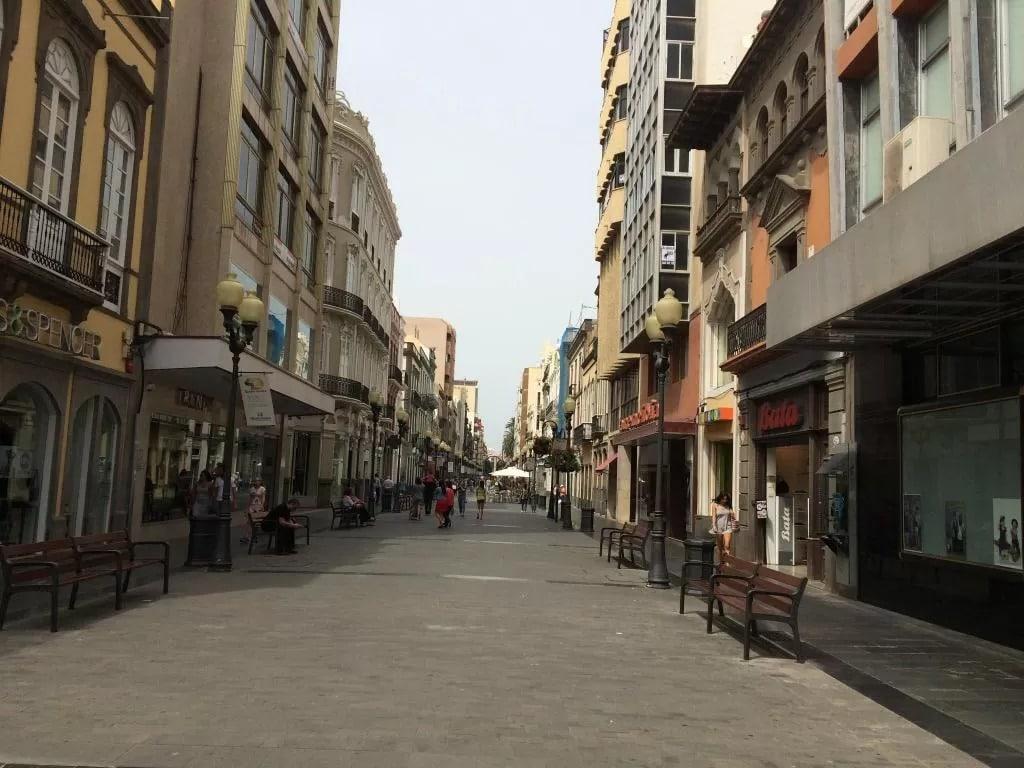 Las Palmas es una de las mejores zonas donde hospedarse en la isla de Gran Canaria, España