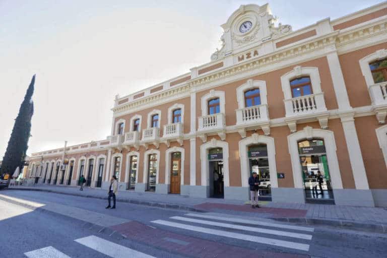 Mejores barrios donde alojarse en Murcia - Barrio del Carmen & estación de Murcia