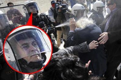 La plecare, Manolis Glezos, 89 de ani, e tratat ca pericol major de către poliţie.