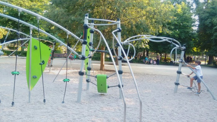 parques infantis no Retiro