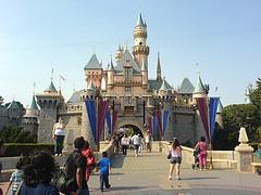 Disneyland In The Digital Age (1/6)