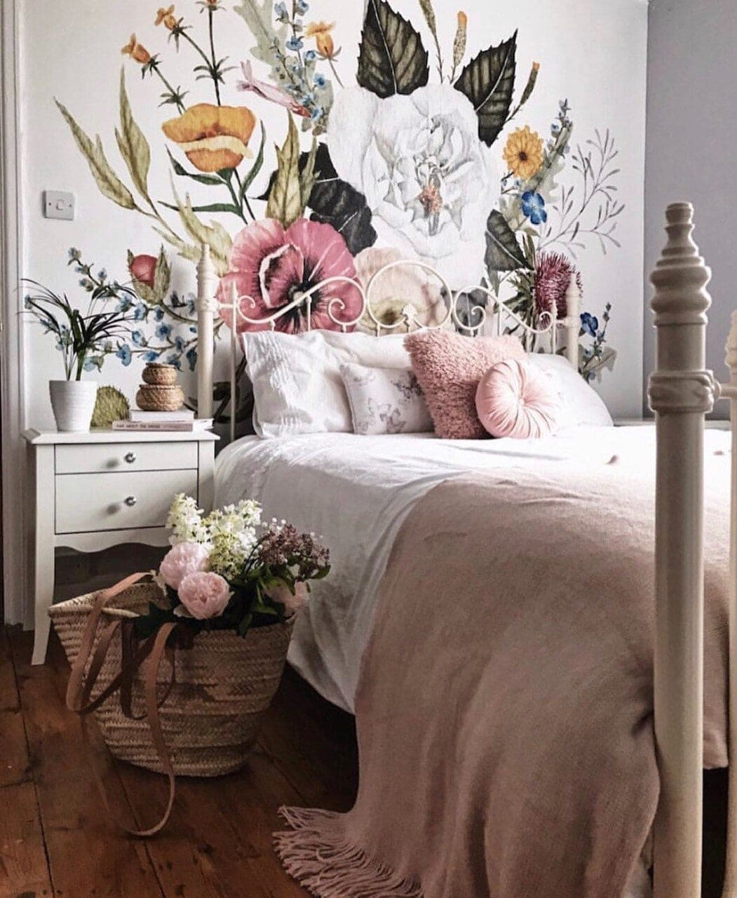 My fabulous wall mural from www.anewall.com introduced my first pink splashes in the house