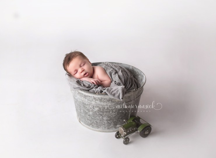 Melanie Runsick Photography Arkansas Newborn Photographer Newport Arkansas Newborn Photographer
