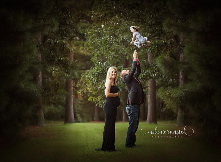 Jonesboro Arkansas Maternity and Family Photographer Melanie Runsick Photographer