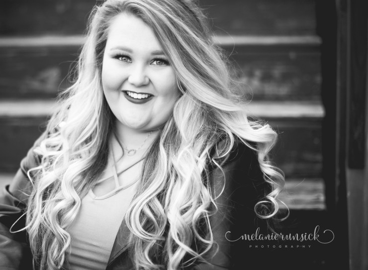 Melanie Runsick Photography Cedar Ridge Senior Photographer Newark Senior Photographer Arkansas Senior Girl Photographer