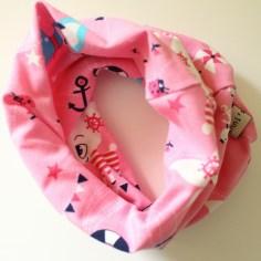 Mel.Anni's handmade Loop