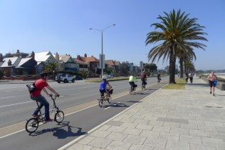 Rollin' along Beach St (or maybe Beaconsfield Pde)