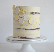 Instagram: missladybirdcakes