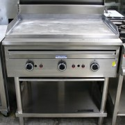 Supertron 900mm Flat Grill on Stand