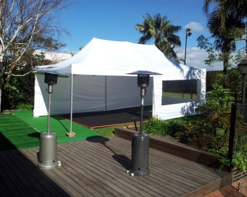 Marquee-Dance-floor-and-Heaters-600x480