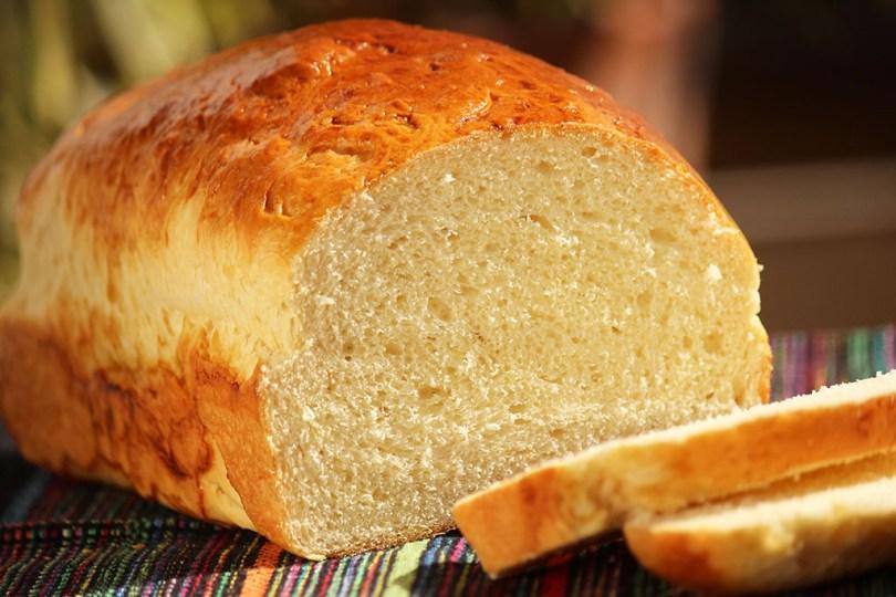 Receita do famoso Pão Petrópolis - Esse pão é servido há muitos anos na Confeitaria Colombo no Rio de Janeiro e faz o maior sucesso. Confira a receita que aprendi a fazer com a Ana Maria Braga.