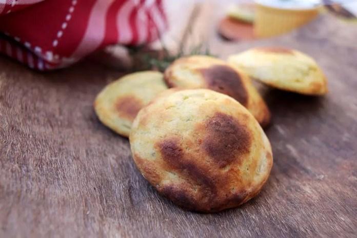 Bolinhos de batata-doce recheados
