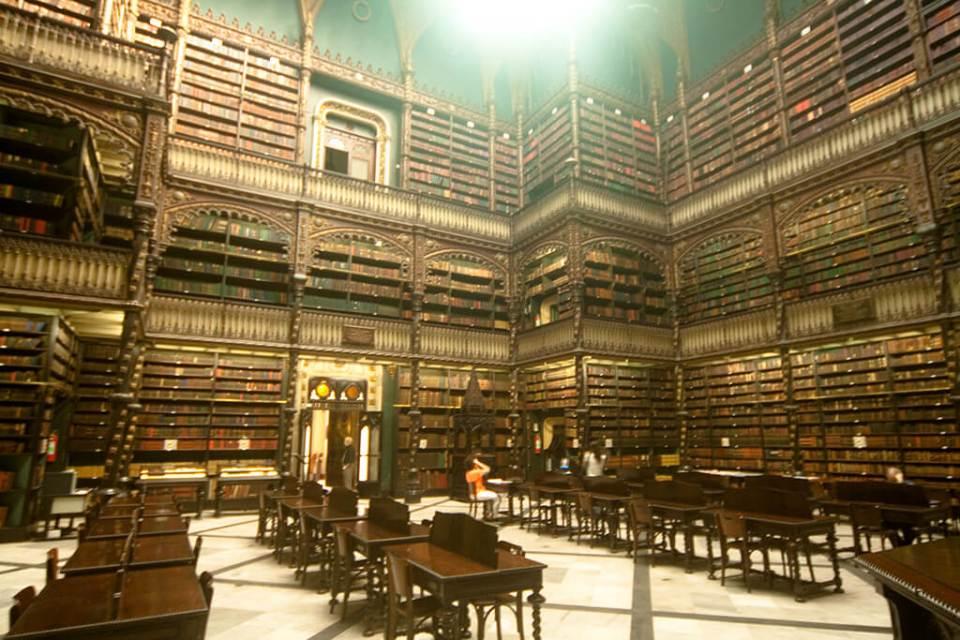 Roteiro no Rio de janeiro com os principais atrativos Real Gabinete Português de Leitura: uma das bibliotecas mais bonitas do mundo