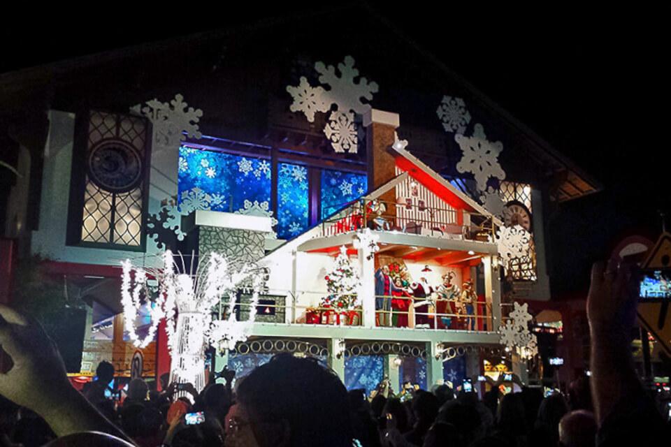 Cerimônia de Acendimento das Luzes de Natal em Gramado