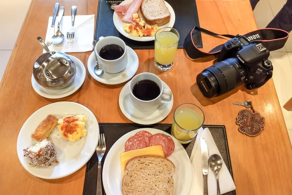 Onde se hospedar em Gramado? Hotel com café da manhã delicia